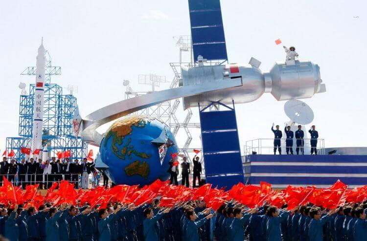 Китай заявил, что готов построить лунную базу в ближайшие 10 лет