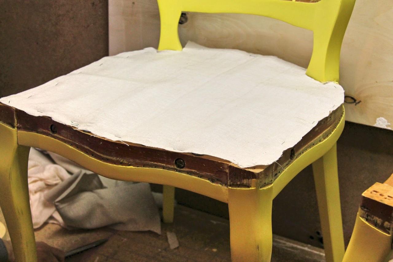 Как поменять обивку на стул своими руками 160