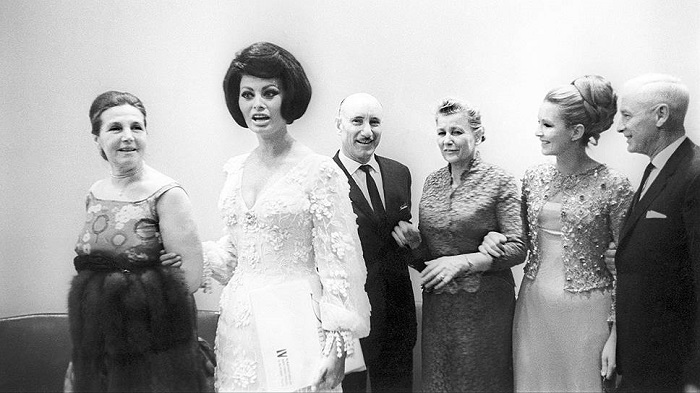 Тамара Макарова, Софи Лорен, Сергей Герасимов, Екатерина Фурцева и Марина Влади на московском кинофестивале, 1965 г.