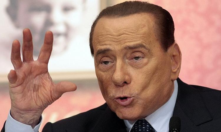 Берлускони обвинил НАТО и ЕС в безответственном отношении к России