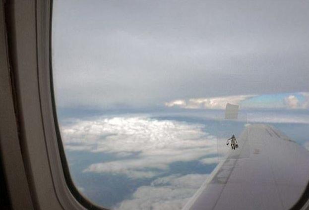 Самые безумные фотографии, сделанные пассажирами в самолетах