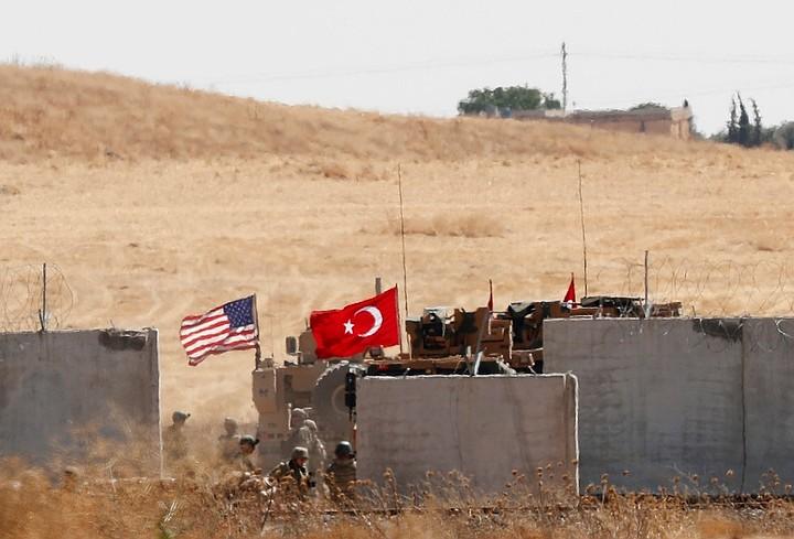 При атаке протурецких боевиков в Идлибе погибли больше 50 сирийских военных
