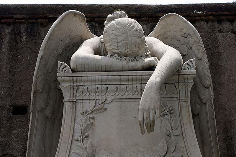 7 знаменитых могил