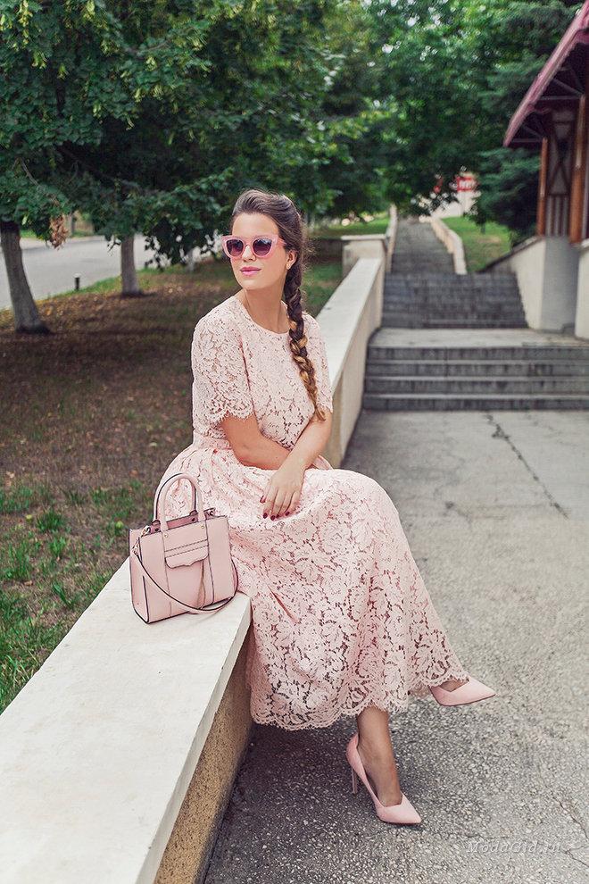 Розовый цвет в одежде: как носить с чем сочетать розовый цвет