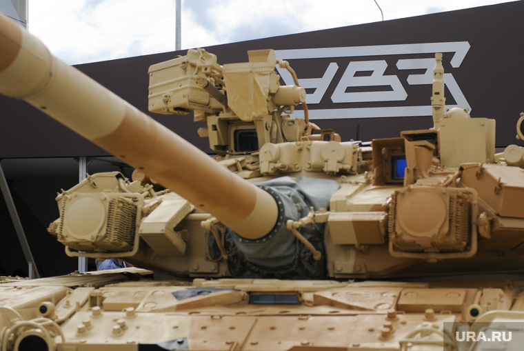 На Урале горит главный танковый завод страны