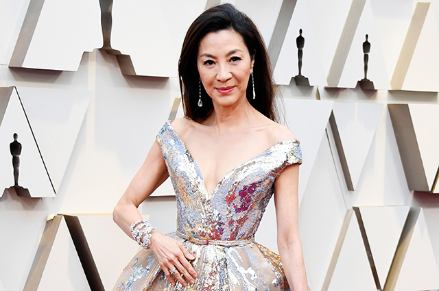 Оскар-2019: Мишель Йео на красной дорожке Красная дорожка