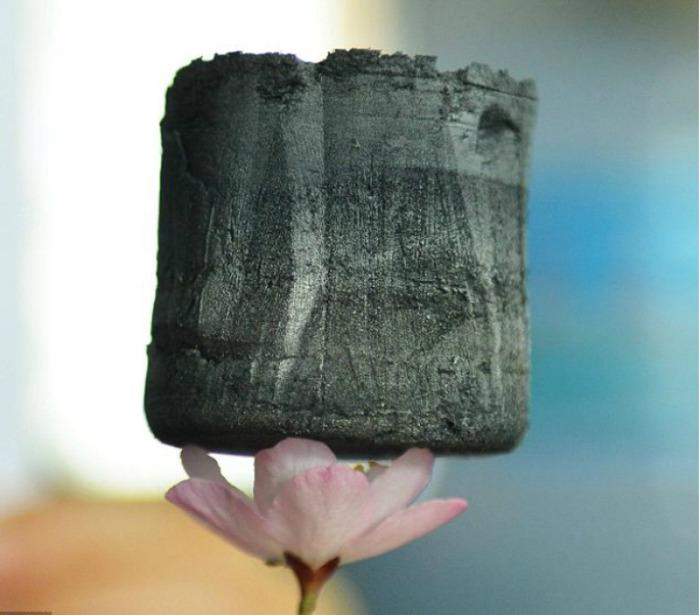 Революционный материал аэрогель можно делать из пластмассы. /Фото: infuture.ru