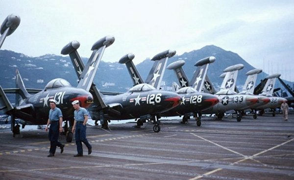 Как «Пантеры» ВМС США сражались с российскими МиГами