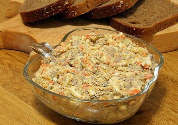 Салат с печенью: Лучшее разнообразие для торжественного стола!
