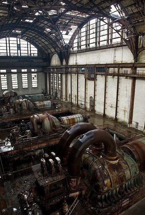 5. Многие заводы лишились финансирования и превратились в пустые и пугающие индастриал-объекты бомбоубежище, заброшки, индастриал, интересно, фото
