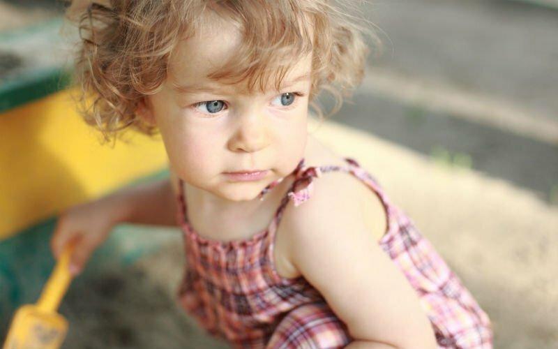 Нужно ли защищать своего ребенка, если его ругает посторонний взрослый?