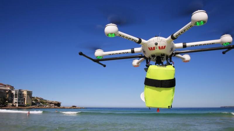 Спасатели Малибу больше не у дел: в Австралии дрон впервые спас тонущих людей