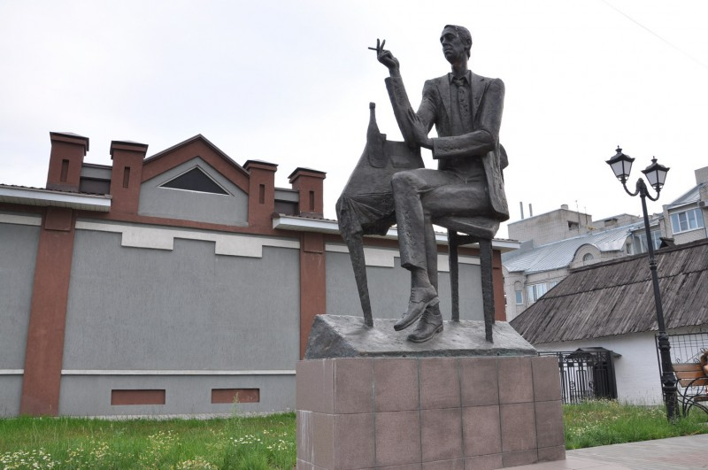 Памятники в иваново брестской обл заказать себе памятник жуковский