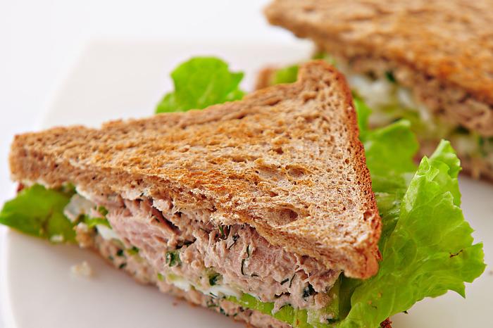 Питательный и полезный сендвич.  Фото: edinstvennaya.ua.