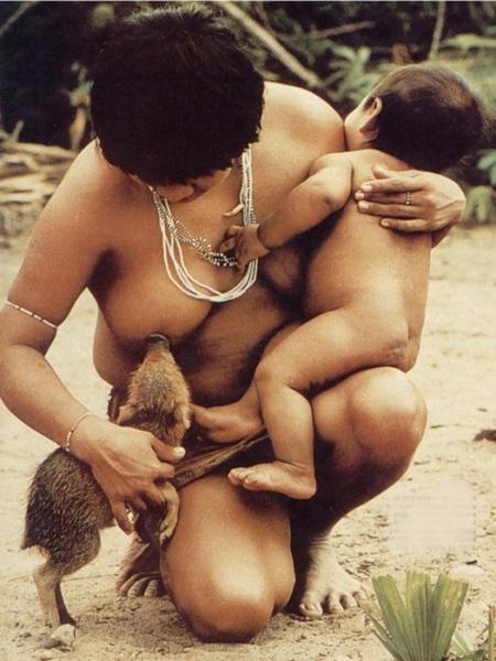 Племя Караваи в Папуа-Новой …
