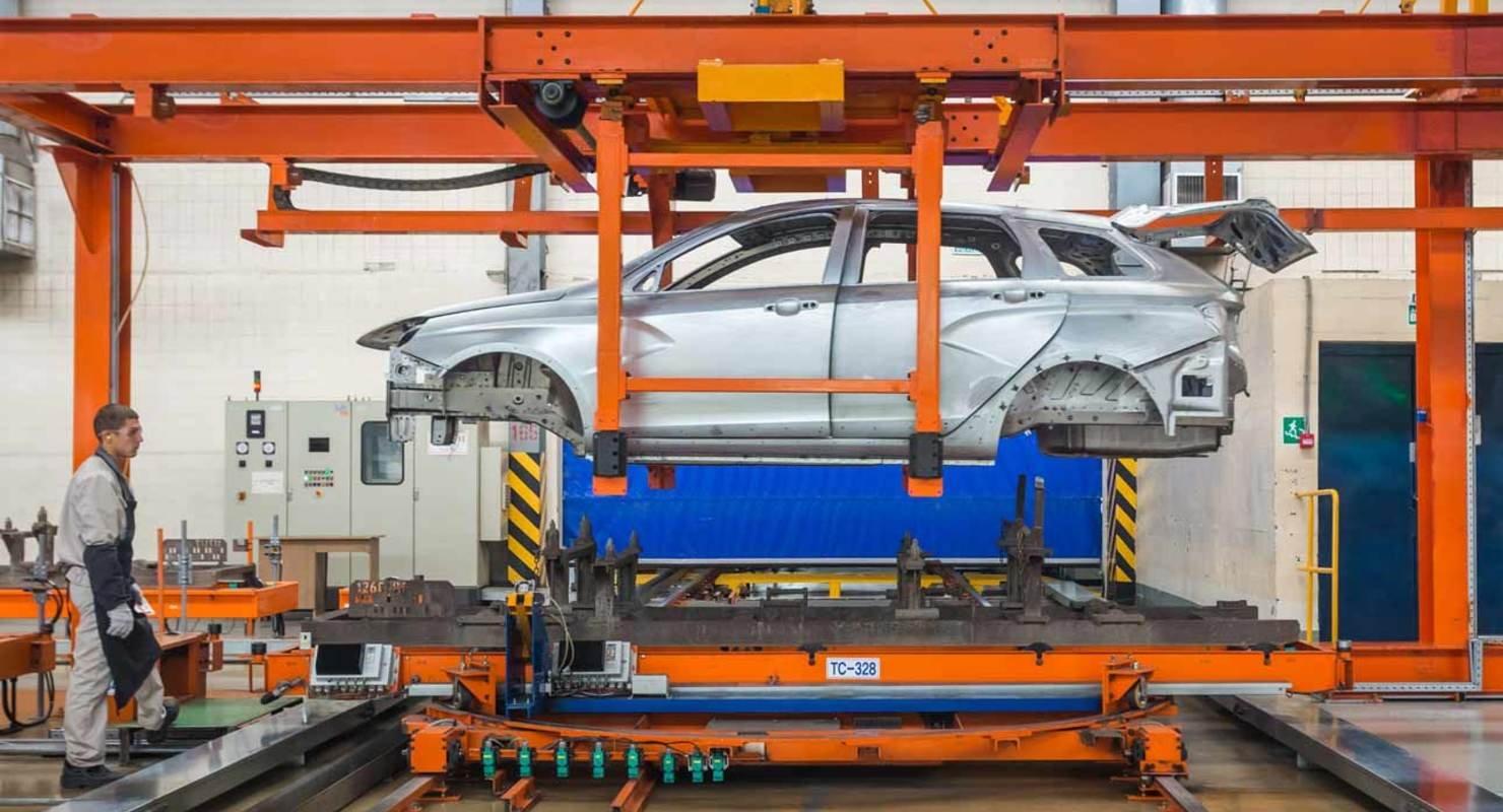 АвтоВАЗ продолжает модернизацию производства Автомобили