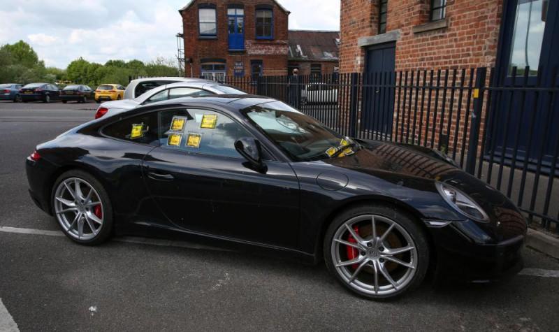 ВБритании обнаружили водителя ссамым большим количеством штрафов. Новсе нетак просто водители,штрафы