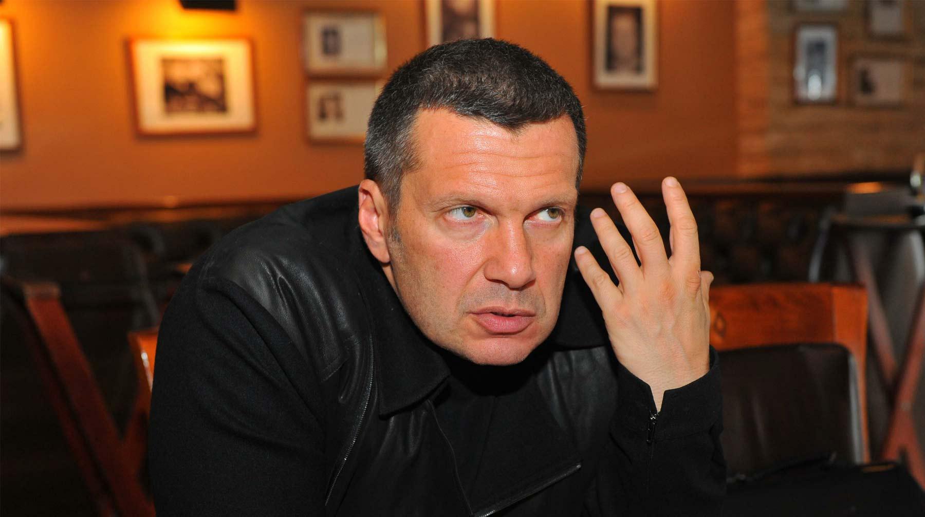«Пьяная тварь иубийца»: Соловьев обрушился наЕфремова авария,Ефремов,общество,россияне,соловьев