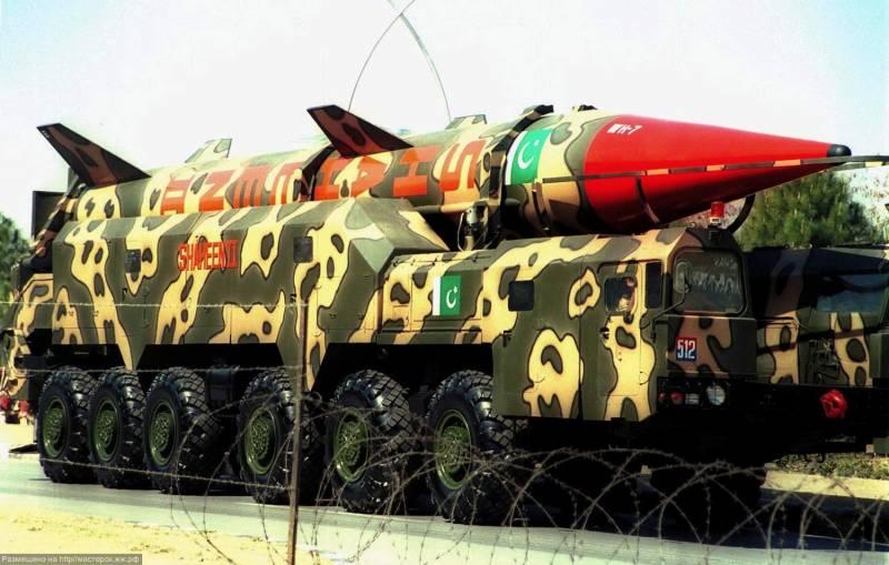 Погибнут 100 миллионов. Индия и Пакистан могут развязать ядерную войну геополитика