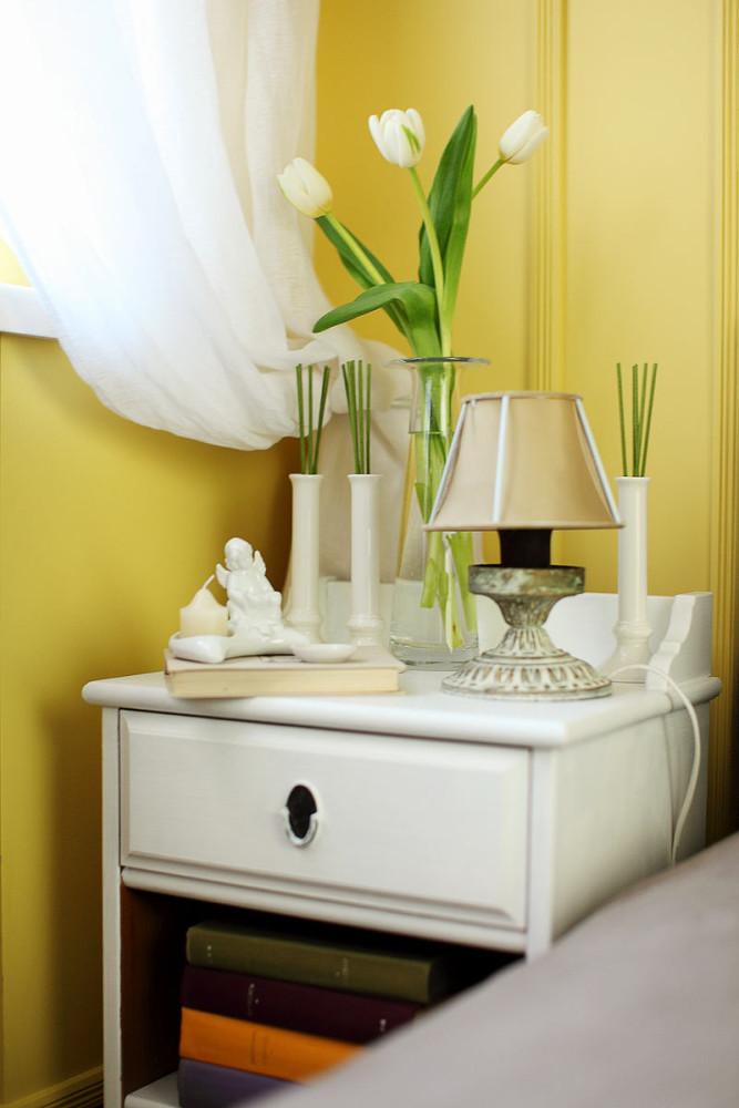 Мебель и предметы интерьера в цветах: светло-серый, белый, салатовый, бежевый. Мебель и предметы интерьера в .