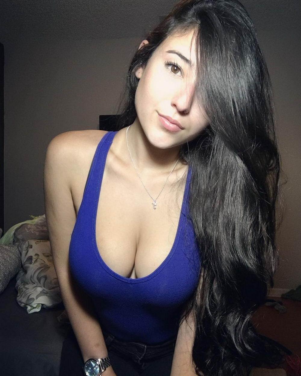 только грудь моей девушки фото чего стоят фото