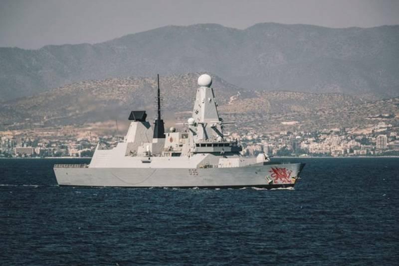 Стало известно о вторжении британского эсминца в территориальные воды России Новости