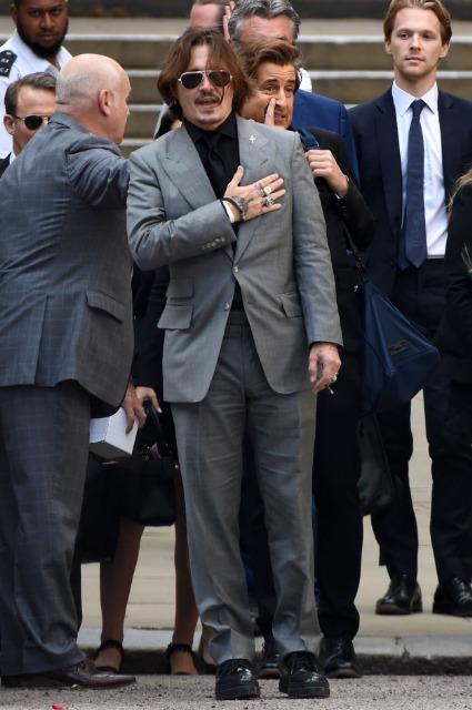 Эмбер Херд зачитала свое финальное заявление на слушаниях по иску Джонни Деппа Звездные пары