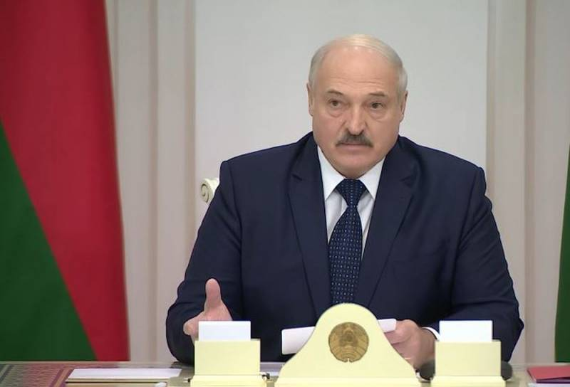 Лукашенко готов отказаться от многовекторной политики, но лишь при одном условии Новости