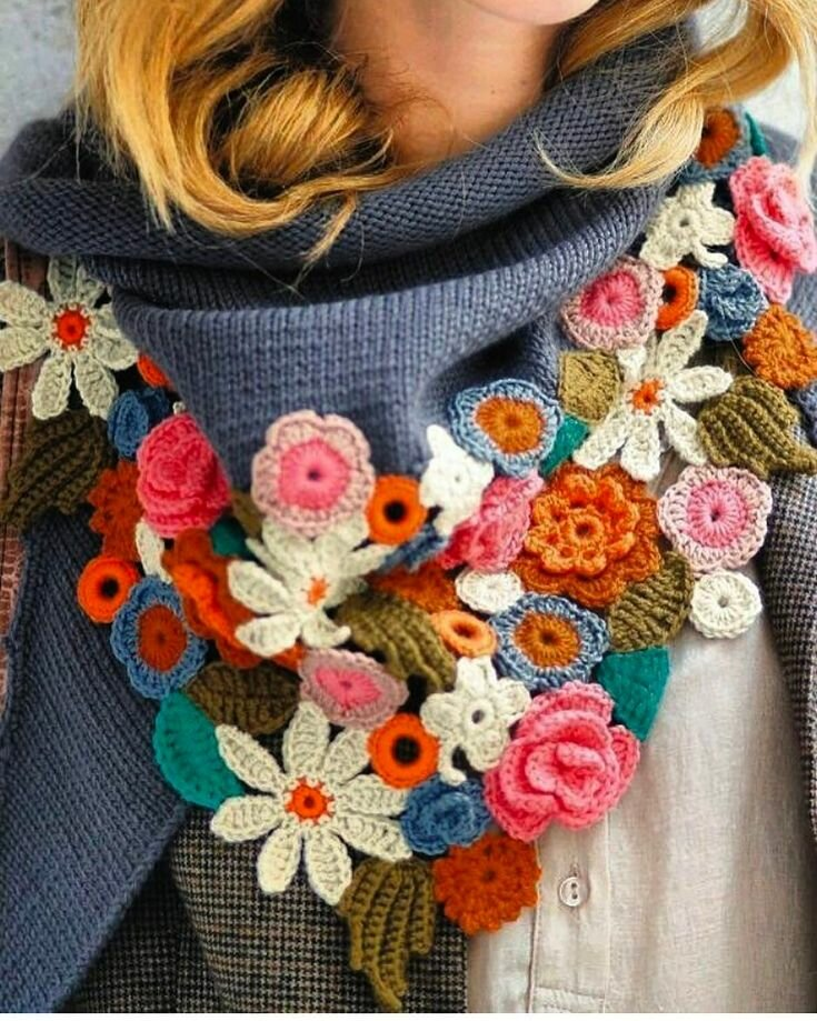 Весна в шарфах и снудах! Девочки, это шедеврально 👍. Срочно вдохновляемся и вяжем)