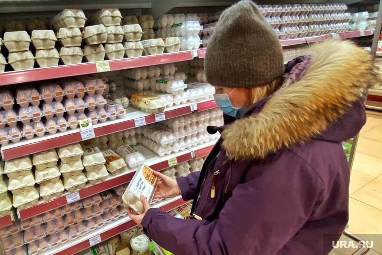 Российские магазины готовы поднять цены на яйца и курицу