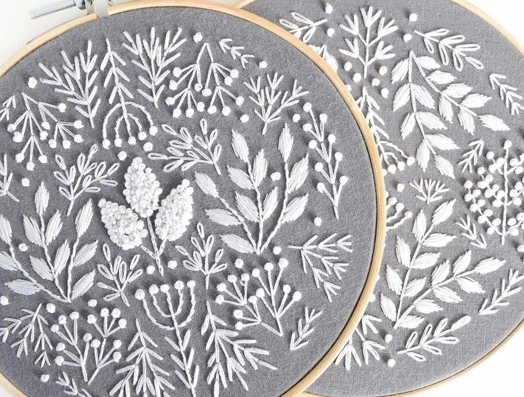 Ботаническая орнаментальная вышивка, похожая на гравюры: рукодельный instagram недели вдохновляемся,вышивка