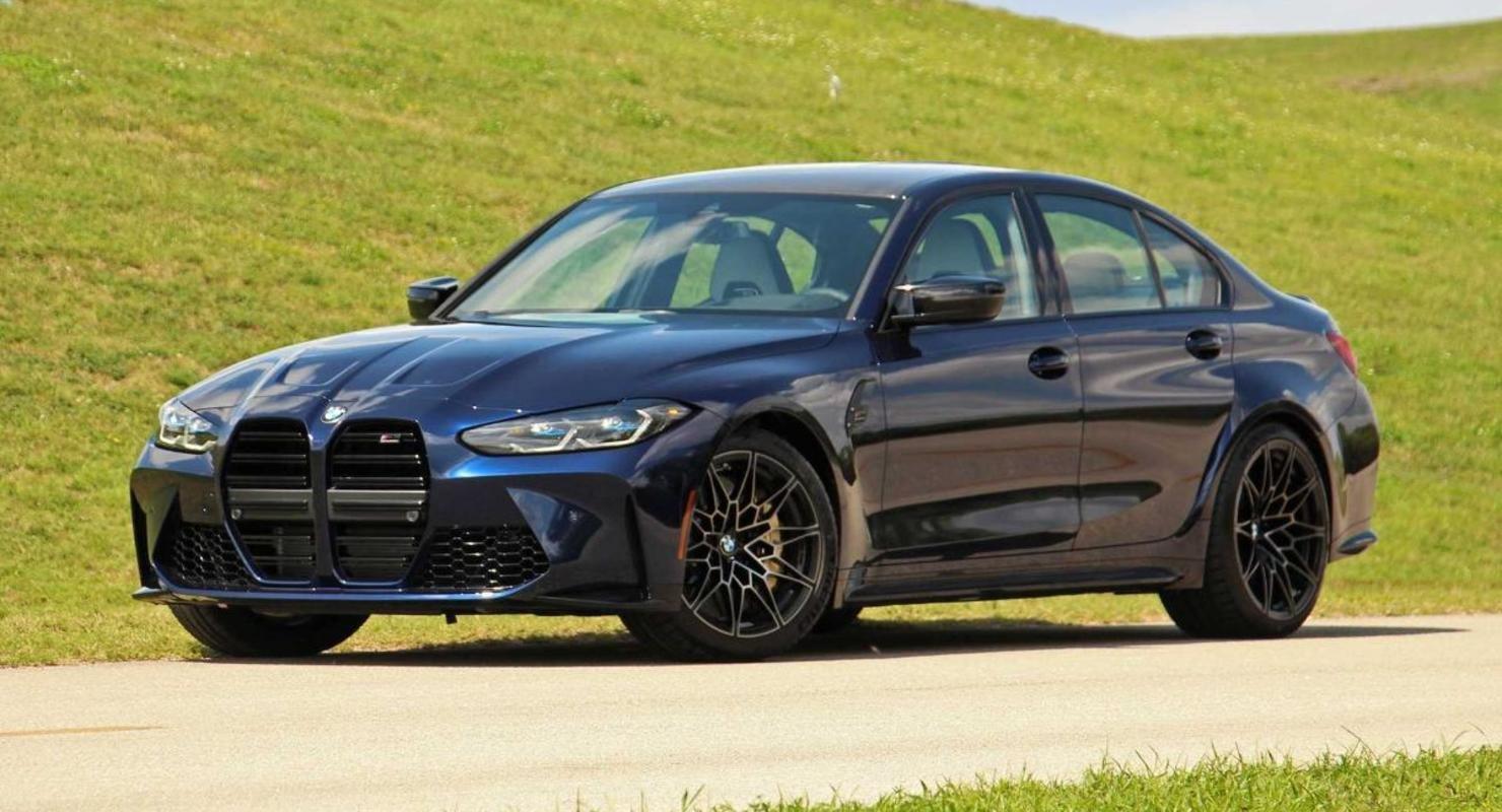 Появились подробности об экстремальном BMW M3 CS в кузове седан Автомобили