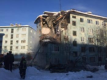 Из-за взрыва бытового газа в Мурманске погибли 3 человека