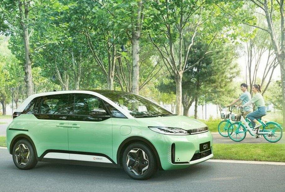 Китайцы выпустили идеальный автомобиль для таксистов