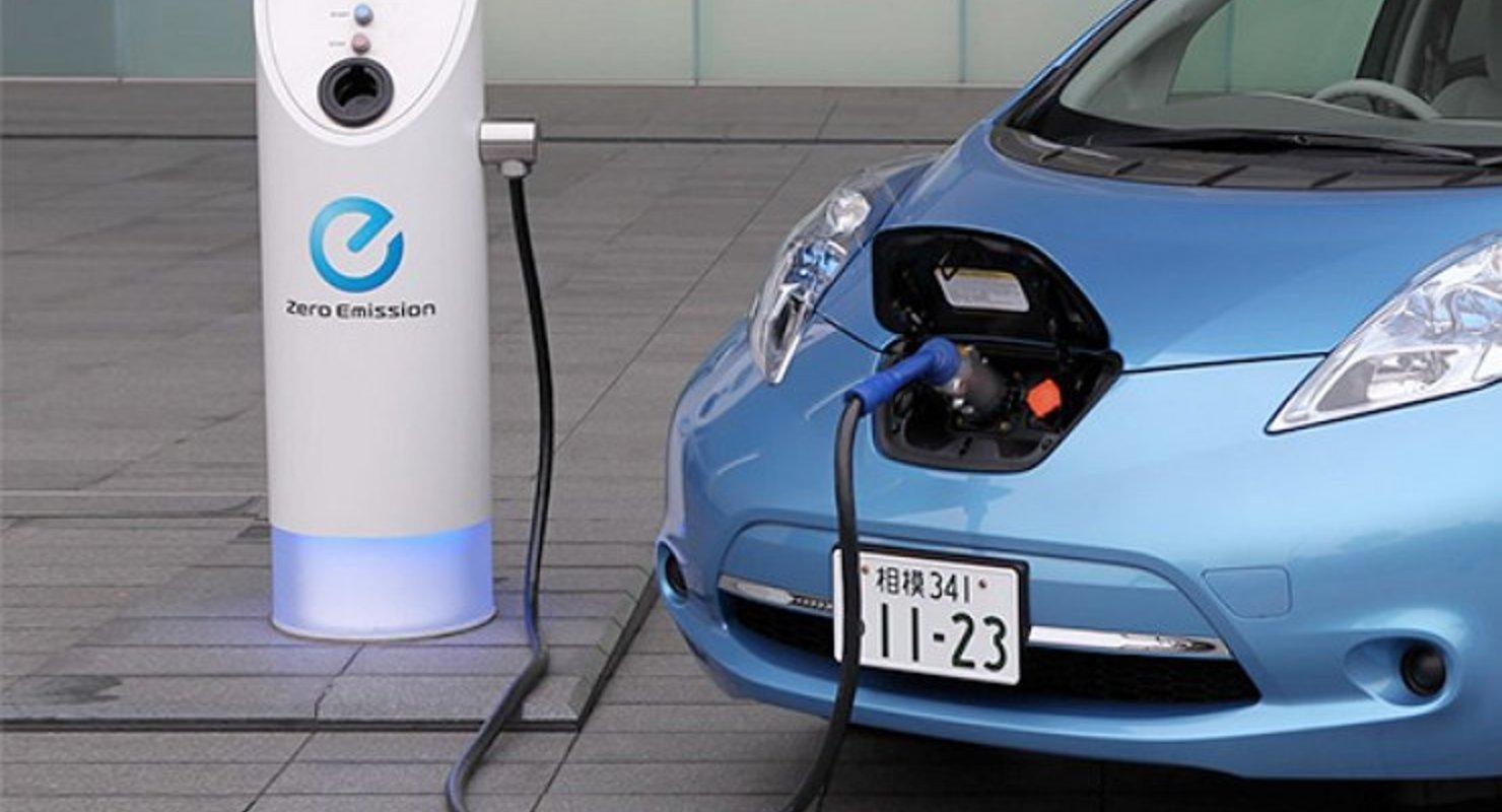 В России могут начать выдавать кредиты на низкоуглеродные автомобили Автомобили