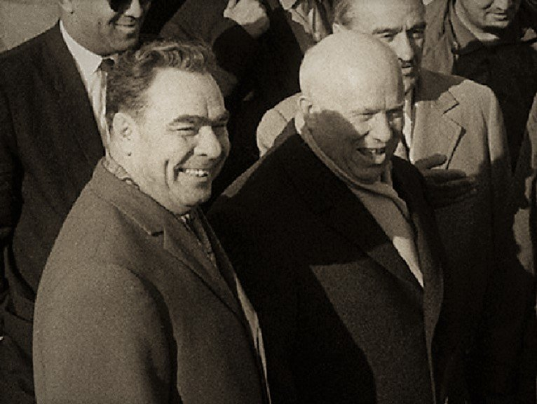 За какие вещи Брежнев мог посадить Никиту Хрущева после смещения