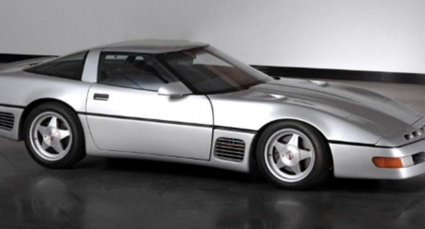 Corvette Callaway SledgeHammer выставлен на аукцион Автомобили