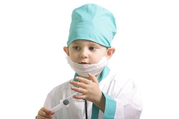 Сынишка медсестры…