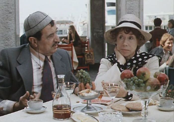 Кадр из фильма *По семейным обстоятельствам*, 1977 | Фото: kino-teatr.ru