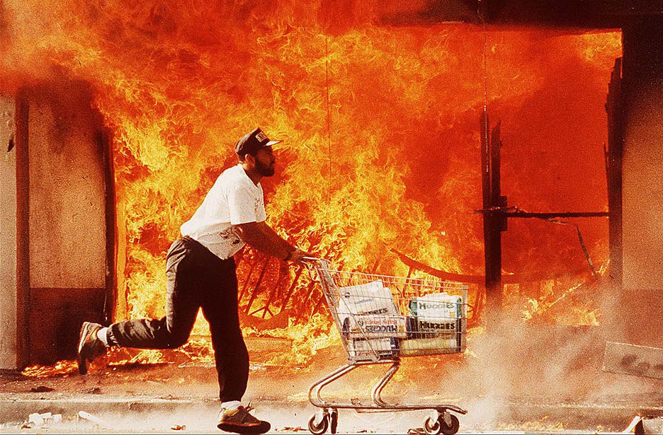 92 l a riots The untold story of the la riot the prevailing view about its causes is flawed the unsettling truth is that incompetence, alcohol, greed and hatred helped make it happen.