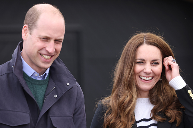 20 лет спустя: Кейт Миддлтон и принц Уильям побывали в университете, где познакомились и влюбились друг в друга Монархии