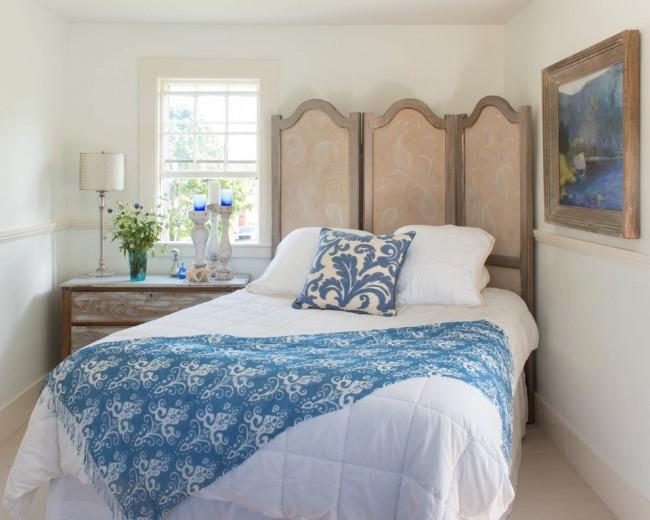 Изюминкой вашей спальни может стать расположенная по диагонали кровать, это займет чуть больше пространства, но при этом дизайн комнаты будет необычным