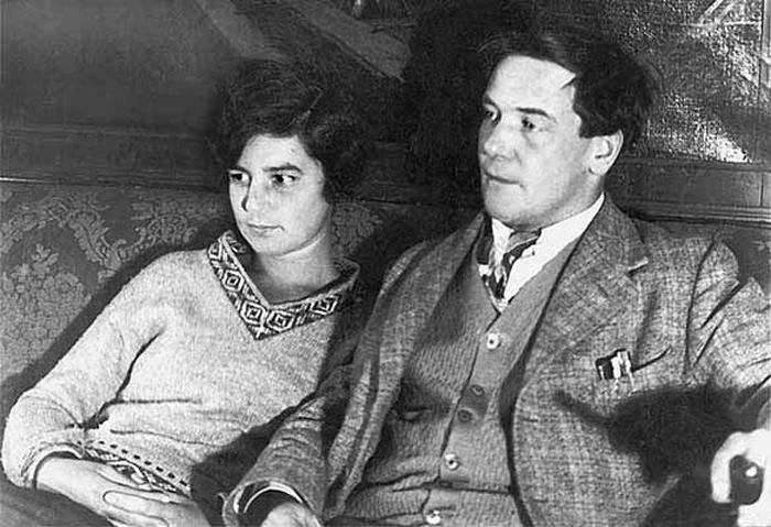Петр Капица и Анна Крылова: Как сделать предложение великому физику и прожить счастливо 60 лет вопреки всему