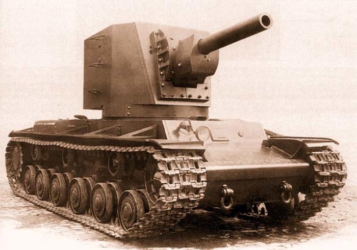 Танк КВ-2: почему у грозной советской машины была настолько большая башня военная техника,Марки и модели,ретро