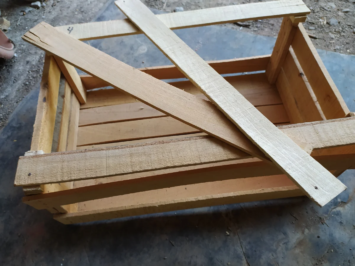 Муж купил деревянный ящик за 50 рублей. А когда увидел, какую красоту я из него сделала, пожалел что взял только один