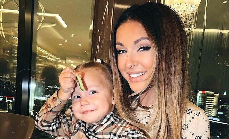 Нюша призналась, как на самом деле зовут ее дочь Симбу Дети,Дети знаменитостей