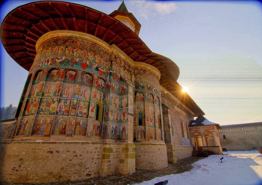 Православные граффити на стенах румынских монастырей Монастырь, граффити, фрески