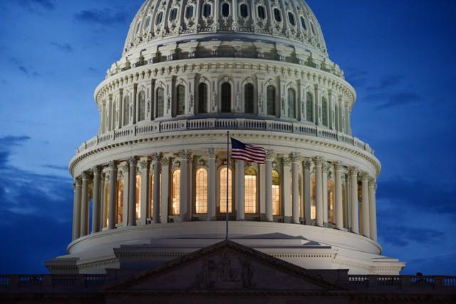 Конгресс приблизился к изменению закона Додда-Франка