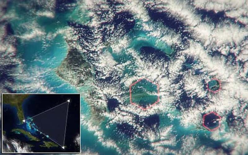 Одна из последних теорий - гексогональные облака Бермудский треугольник, аномалии, теории