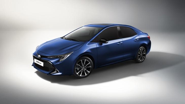 Новая Toyota Corolla: первые изображения